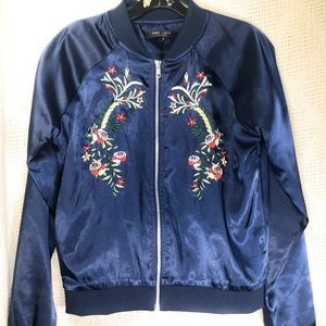 Romeo + Juliet Couture Embroidered Jacket